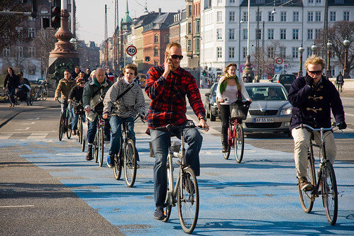Cycling in Copenhagen | by Mikael Colville-Andersen