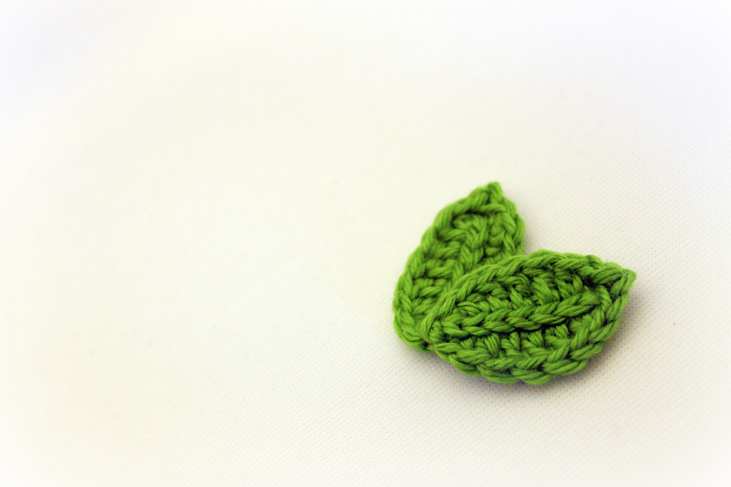 Crocheted Leaves | crocheted leaves free pattern - blogged p… | Flickr