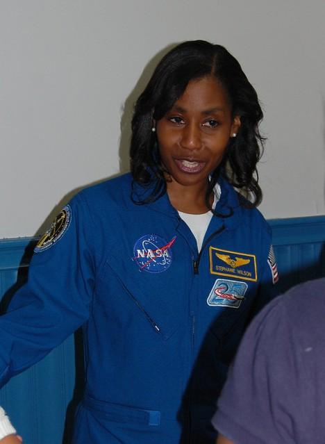 stephanie wilson astronaut - photo #10