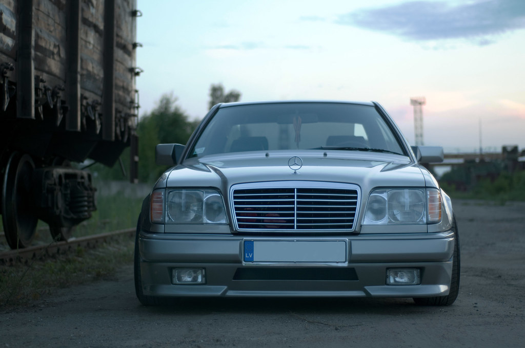w124 coupe mercedes benz oleg jevstratov flickr. Black Bedroom Furniture Sets. Home Design Ideas