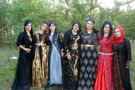 kurdish traditional clothes for women traditionelle
