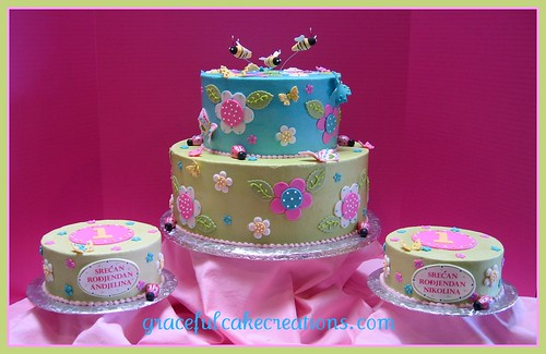 Cake Ideas For 1st Birthday Twins : Twins 1st Year Birthday Cake/Christening Cake This cake ...