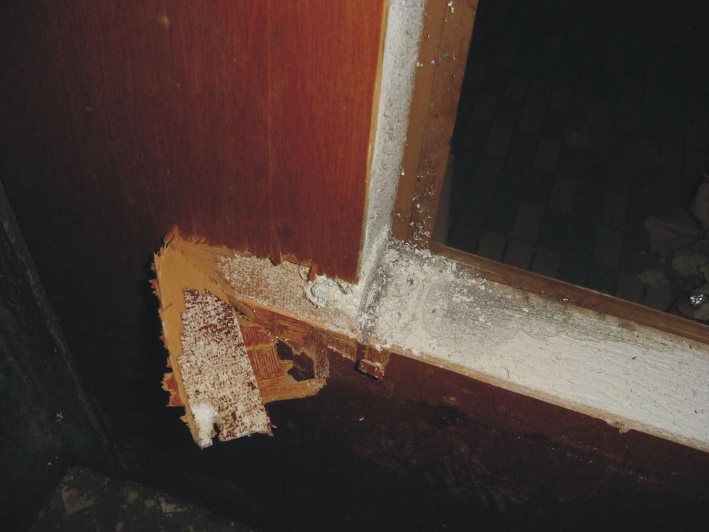 Asbestos Fire Door Core Closer Detail View Of A Fire