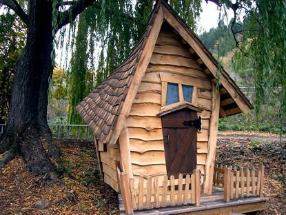 Crooked little house | The crooked little house is a ...