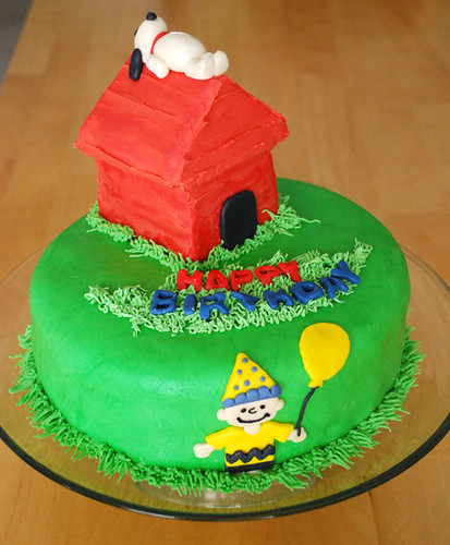 Enjoyable Birthday Cake Made This Charlie Brown Birthday Cake For My Flickr Personalised Birthday Cards Paralily Jamesorg