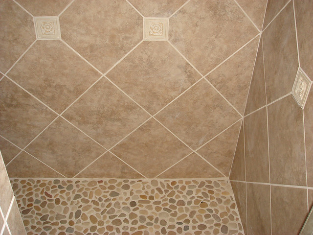 Riverstone Tile Bathroom