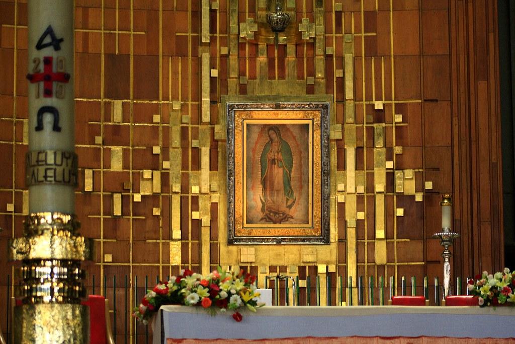 Altar de la Basílica de Guadalupe | J BF | Flickr