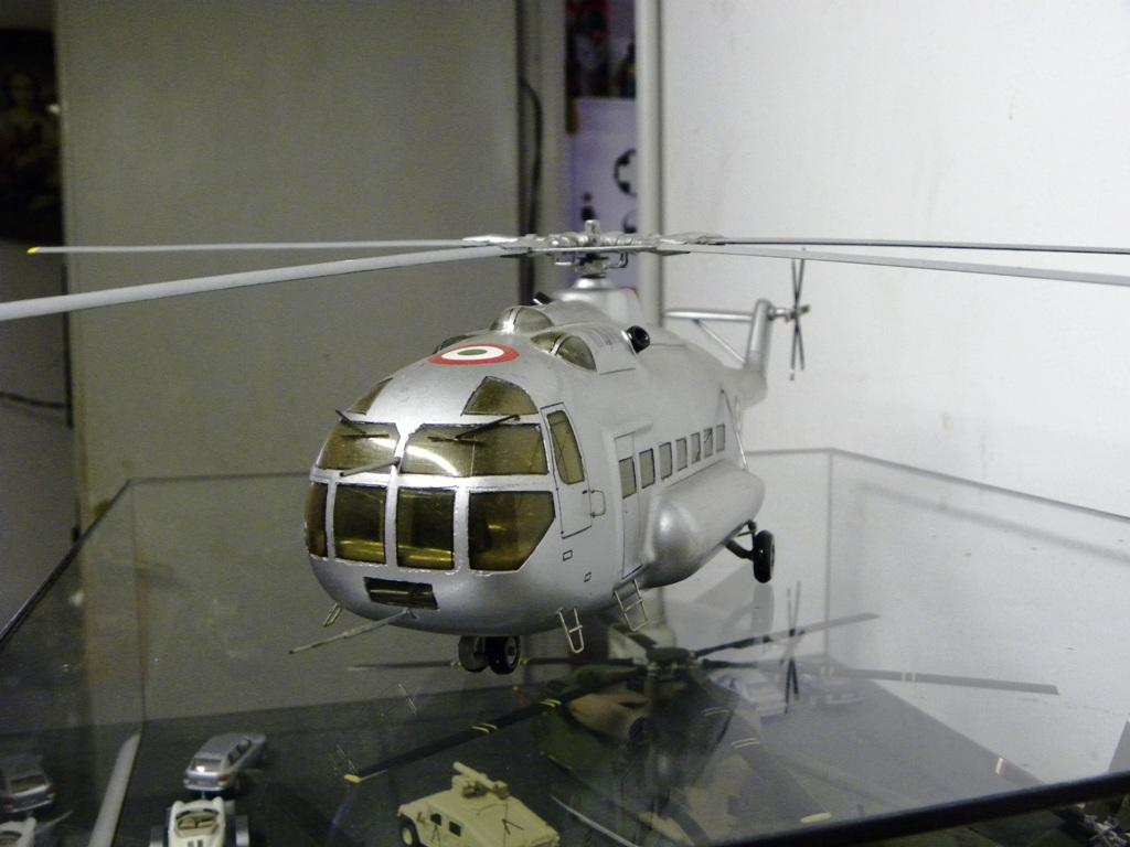 Agusta A101-G nose | Modello d...