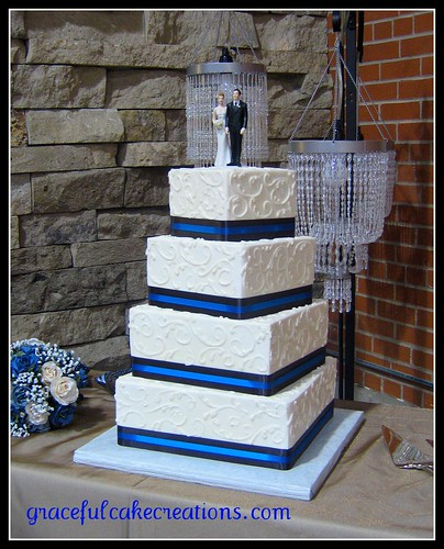 royal blue and white square wedding cakes blue and white square wedding cake grace tari flickr 19357