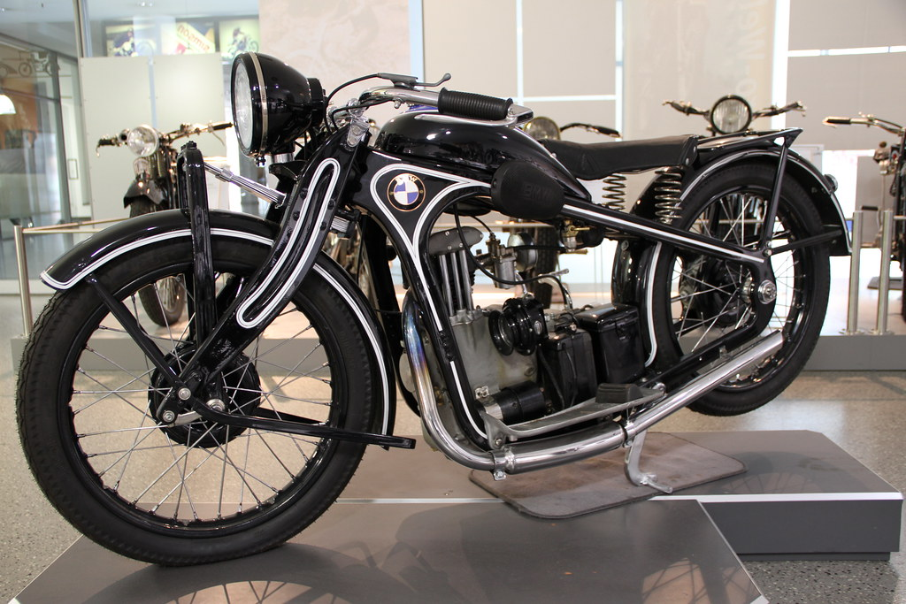 Bmw R >> BMW R2   Baujahr 1931, 4-Takt ohv 198 qcm Motor, 6 PS, 3-Gan…   Flickr