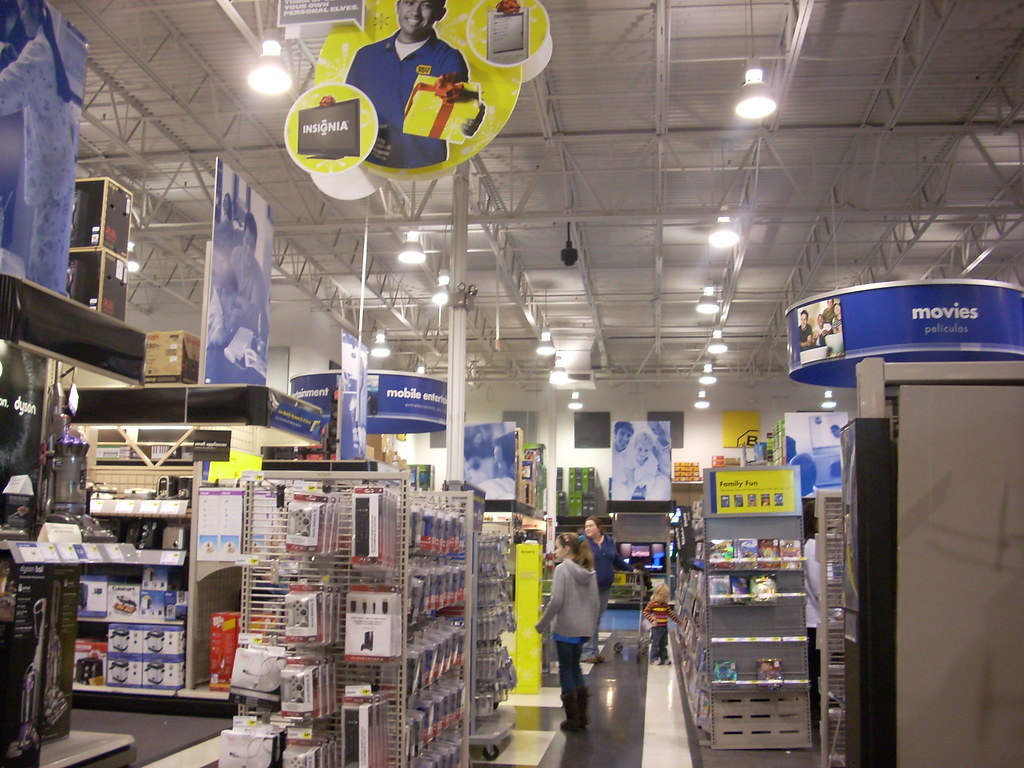 best buy interior the interior of a best buy electronics Home Improvement TV Show HQ Store