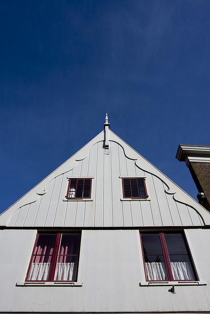 Traditional dutch houses 3 de rijp sam seyffert for Classic dutch house of 60m2