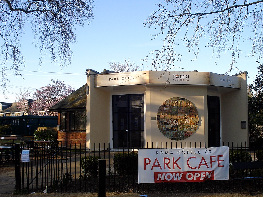 Park Side Cafe On Th St In Pinellas County