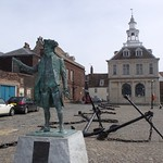 Statue of Captain George Vancouver, anchors and the Custom House, King's Lynn