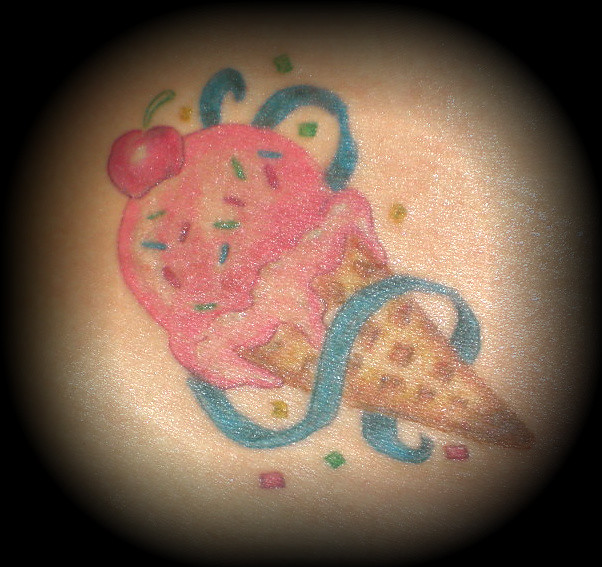 Ice cream cone tattoo cute colors augustine stakes for Best cream for new tattoo