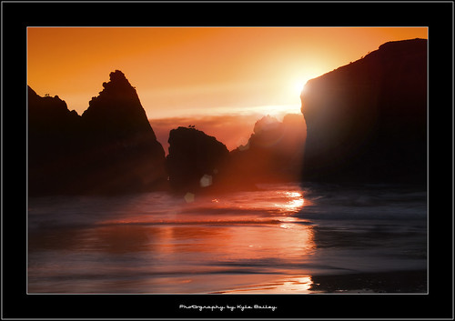 Canon Beach / Sunset / Oregon / Beach / Water /Ocean / Waves / Silhouette / Lens Flare / Light / Natural Light / Sun / Reflection / Kyle Bailey / Canon | by Kyle Bailey - Da Big Cheeze