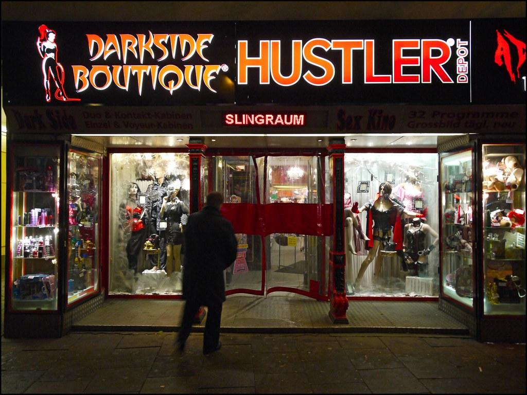 darkside boutique hustler depot st pauli view on black realityscanner flickr. Black Bedroom Furniture Sets. Home Design Ideas