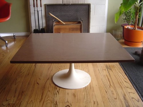 This Unusual Table Featues A Rectangular Faux Wood Formic Flickr - Tulip table wood top