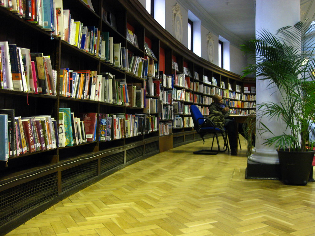 Bethnal Green Library ...