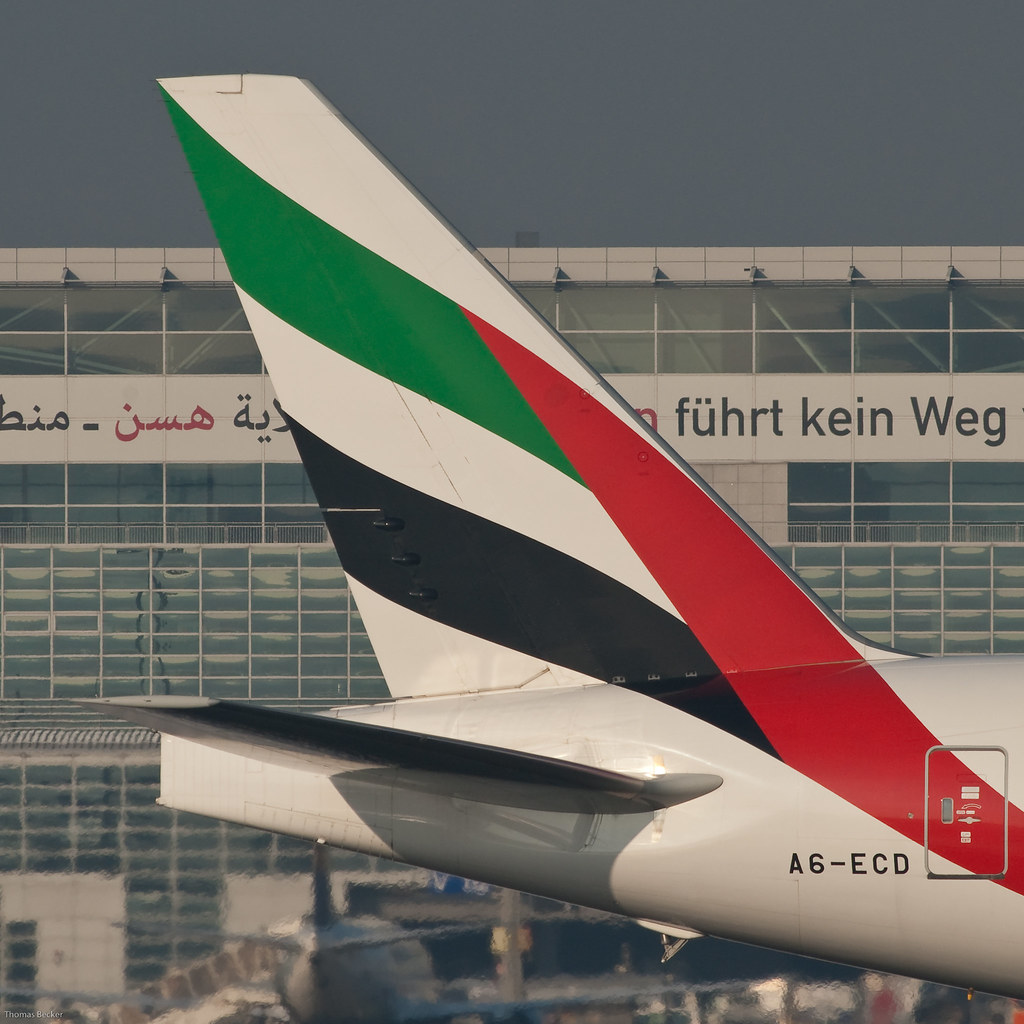 emirates tail logo - photo #24