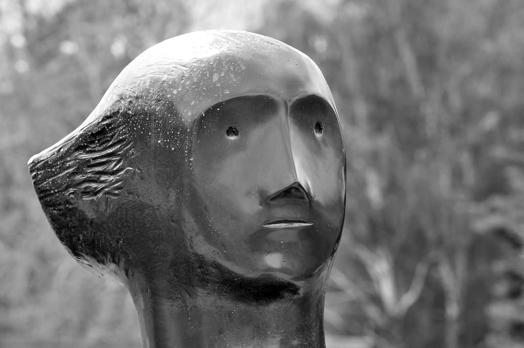 henry moore analysis A key wwii henry moore drawing was inspired not by the sculptor's own experiences but by photographs, art historian david alan mellor reveals.