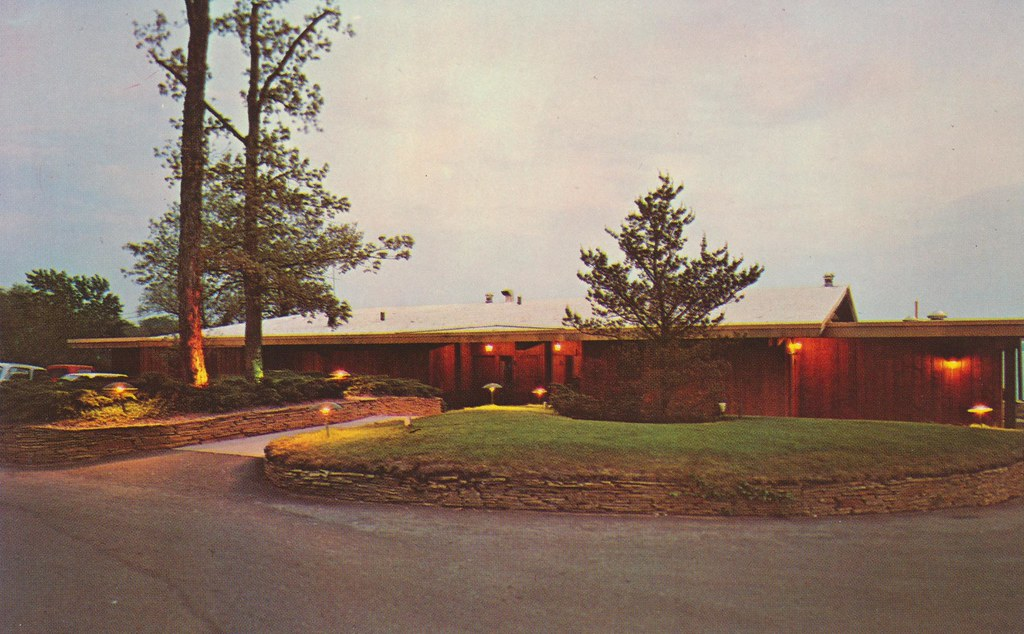 Lakewood Inn - Battle Creek, Michigan