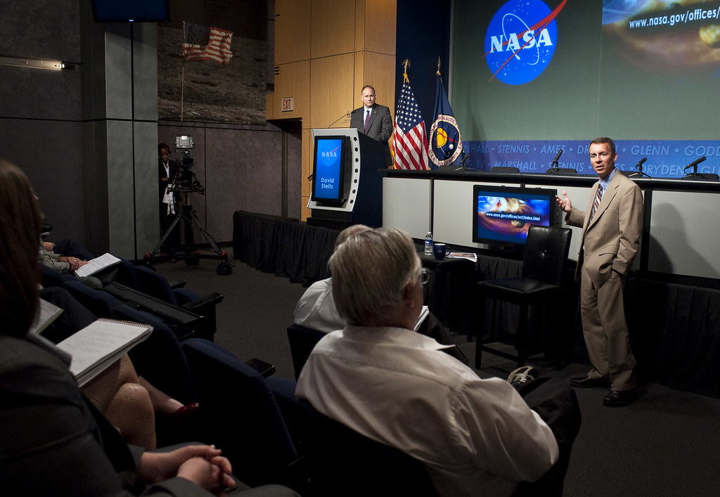 NASA Chief Technologist Hosts Town Hall (201005250005HQ ...