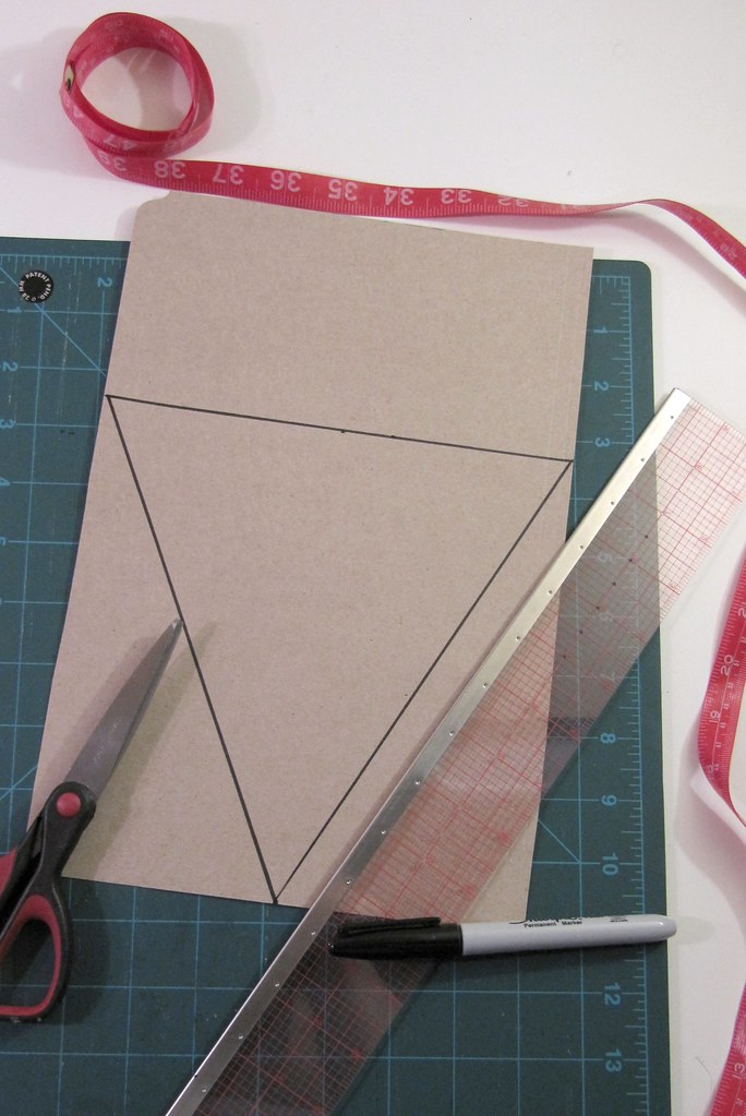 diy project canada day pennant bunting cut out triangle flickr. Black Bedroom Furniture Sets. Home Design Ideas
