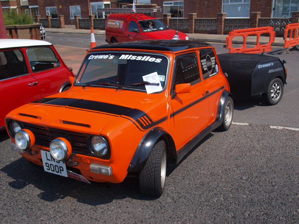 Morris Mini 1275 Gt with Trailer - 1975 | by imagetaker!