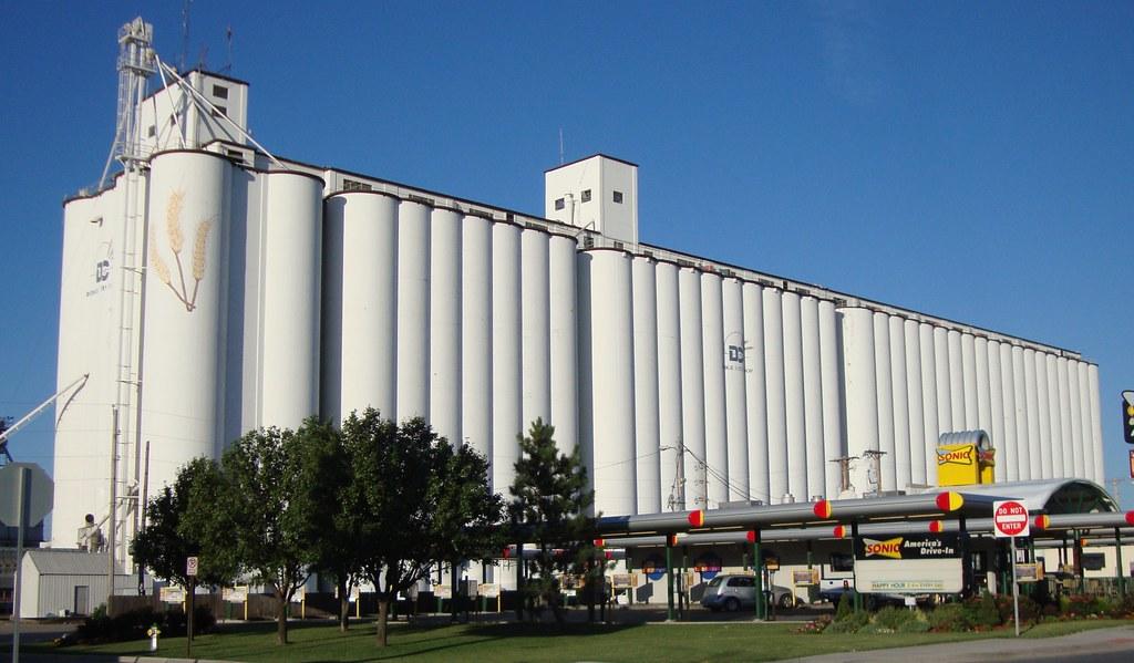 Dodge City Coop Grain Elevator Dodge City Kansas Flickr