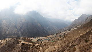 A Sherpa village between the mountains | by Ingiro