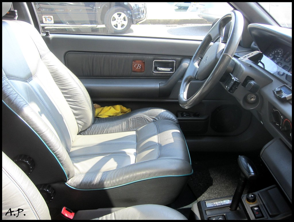 1993 renault clio baccara interior gotta love the baccara flickr. Black Bedroom Furniture Sets. Home Design Ideas