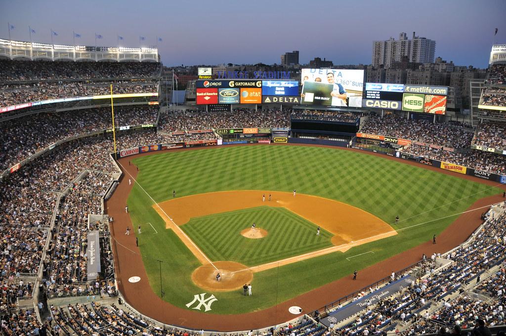 New York Yankee Stadium at Night | New York Yankees vs ...