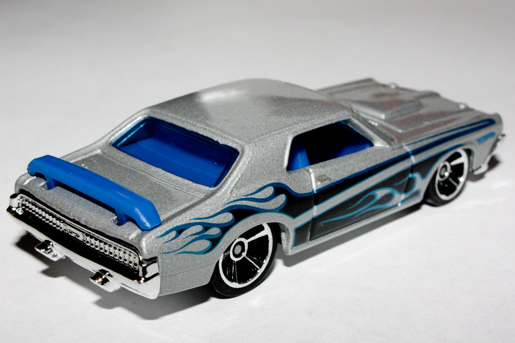 2010 Hot Wheels 81 69 Cougar Eliminator  About The 1969 -2479