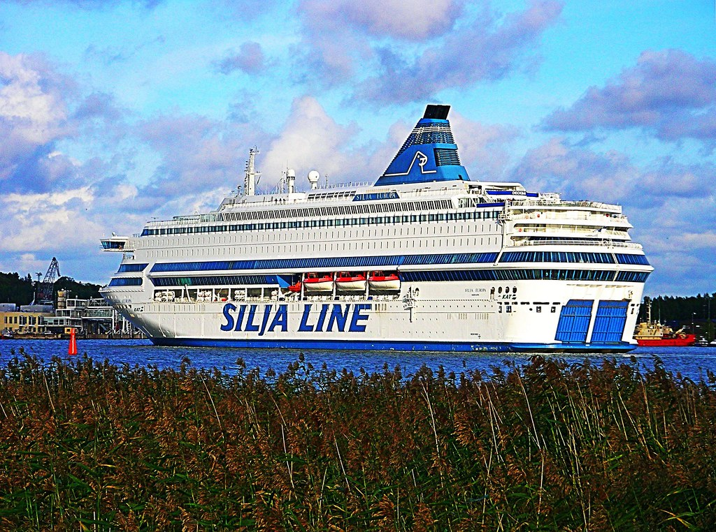 Cars On Line >> m/s Silja Europa, Silja Line (Tallink) at the harbour of T… | Flickr