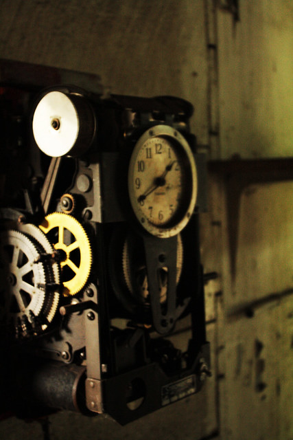 15Fort_Orange_time clock