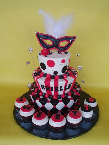 Masquerade Themed Sweet 16 Birthday Cake | by CakesUniqueByAmy.com