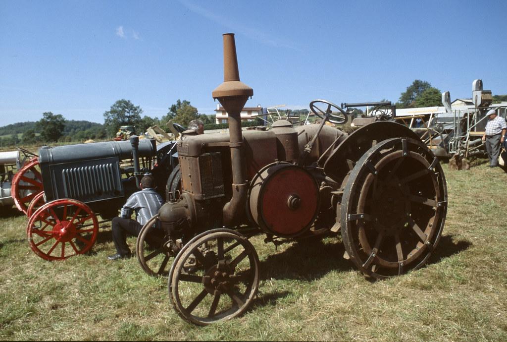 tracteur lanz bulldog 15  30  ou hr5   allemagne  1929