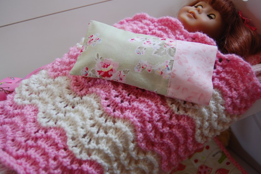 Feather And Fan Knit Doll Blanket Feather And Fan Knit Bla Flickr