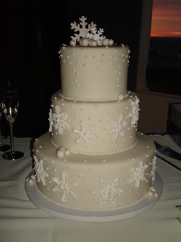 winter snowflake wedding cake