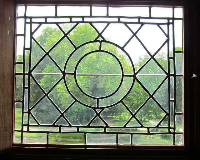 Ch teau d 39 azay le rideau leaded glass window with circle for Window design circle