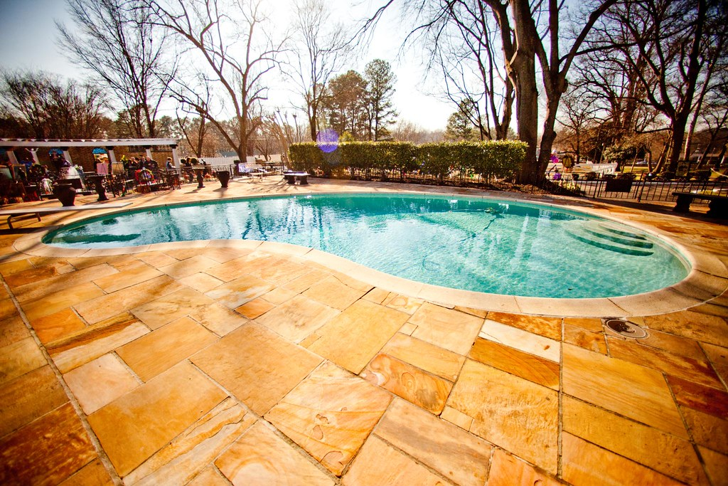 Swimming pool graceland graceland 3734 - Swimming pool companies in memphis tn ...