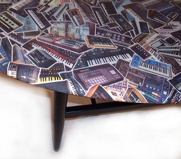 Decoupage synthesisers coffee table detail 2 synthly for Inspirational decoupage coffee table