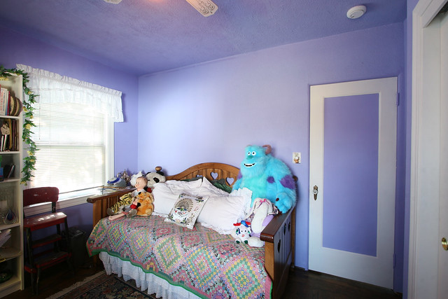 Purple Walls With White Trim Bedroom Makeover Blineconst Flickr Photo Sharing