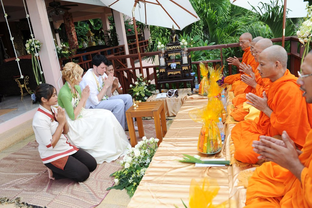 Thai Wedding The Orange Wrapped Items Are The Gifts We Gav Flickr