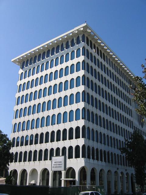 Mcculloch Building 9800 S Sepulveda Blvd Los Angeles
