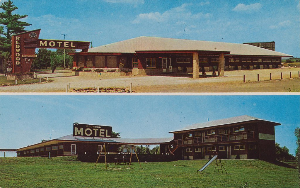 Redwood Motel - Marshalltown, Iowa