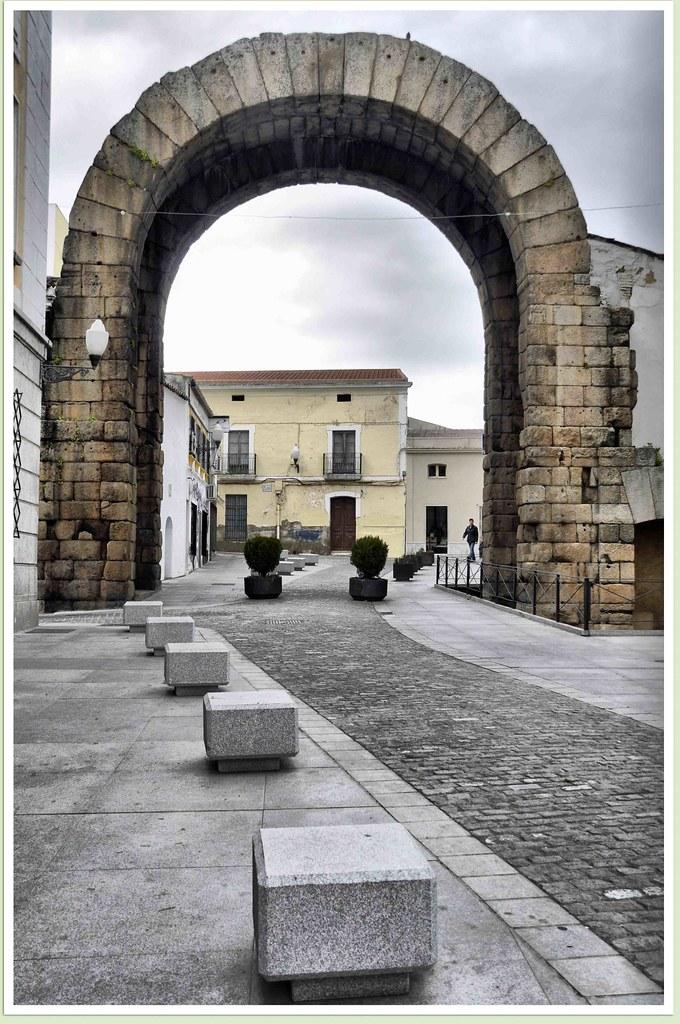 Arco de Trajano (Mérida)  Salvador Heredia Cazorla  Flickr