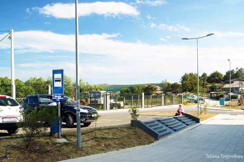 """Остановка автобусов """"Blue line"""" возле автостанции"""