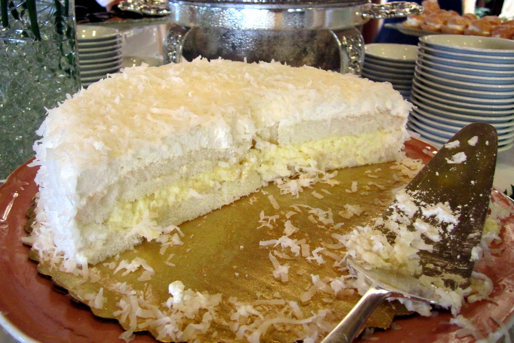 Best Coconut Cake Recipe Easy